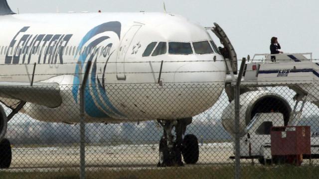 Exército egípcio encontrou destroços do avião da EgyptAir