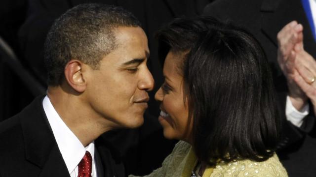 Barack Obama declara-se a Michelle em dia de festa