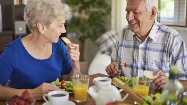 Dieta mediterrânica reduz o risco de Alzheimer