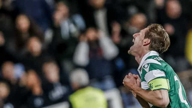 Oficial: Sporting chega a acordo com o Leicester por Adrien