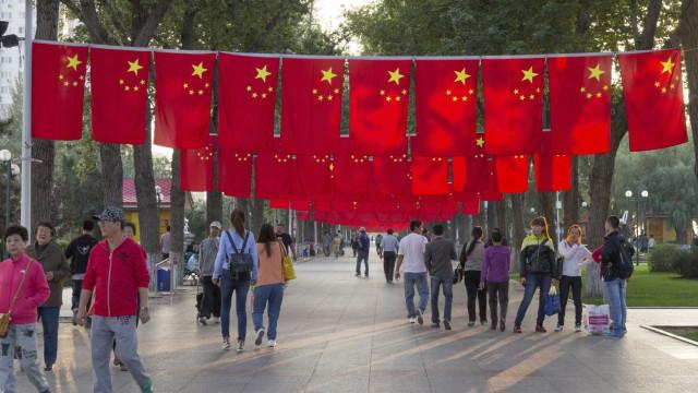 Atividade manufatureira da China recua pela primeira vez em 19 meses