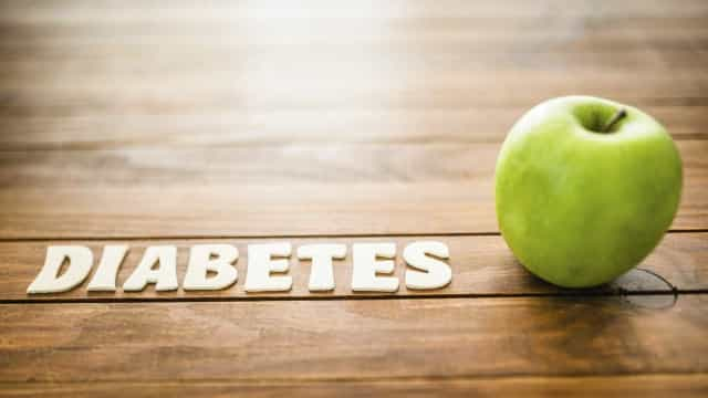Cinco hábitos na sua dieta que podem estar a aumentar o risco de diabetes