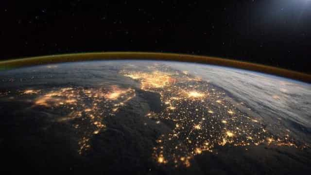 Estação espacial chinesa desintegra-se ao reentrar na atmosfera