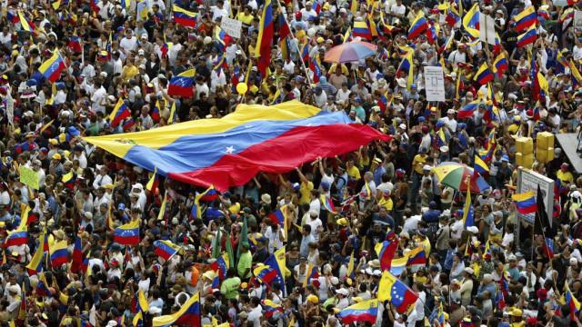 Venezuela falhou o primeiro pagamento aos credores. E agora?
