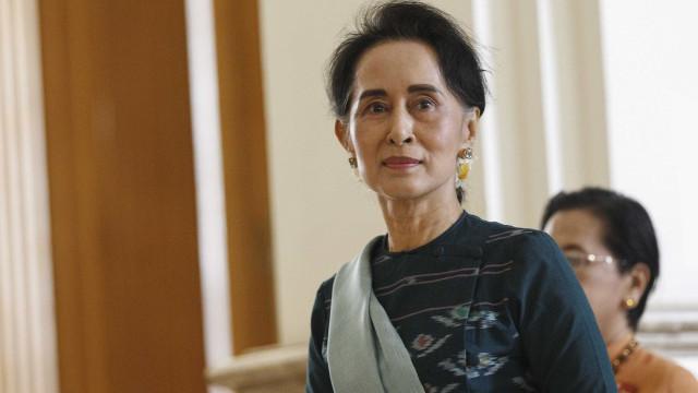 Sete anos de prisão por criticar Aung San Suu Kyi no Facebook