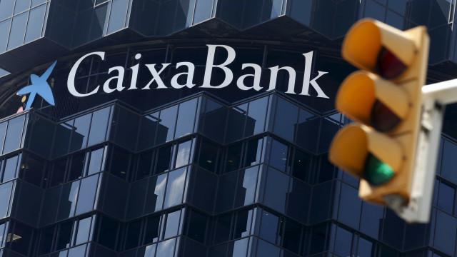 CaixaBank vai fechar mais de 800 balcões em Espanha até 2021