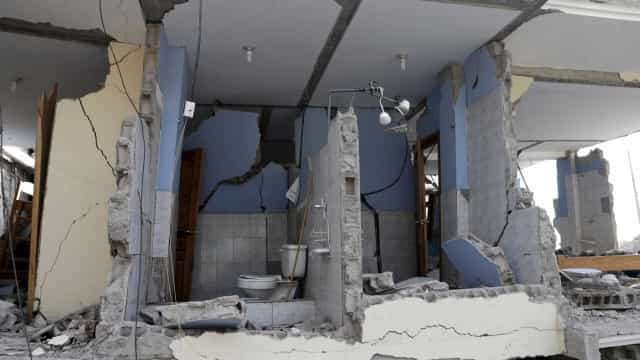 Danos estruturais em sismo de 5,8 registado no Equador