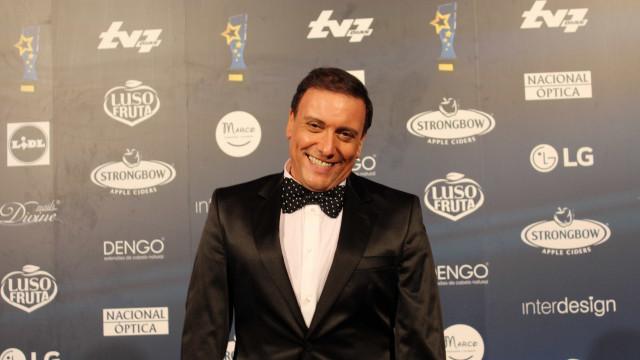 A paródia de Joaquim Monchique com telefonema do Presidente a Cristina