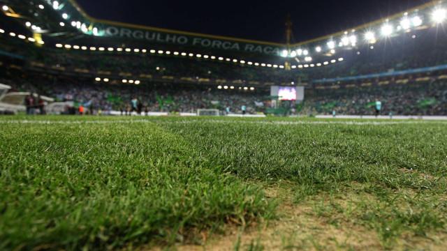 Sporting-Nacional: Keizer dá titularidade a Bruno César