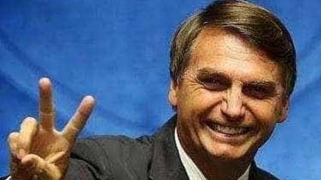 Brasil: Fitch diz que vitória de Bolsonaro é mais favorável à economia