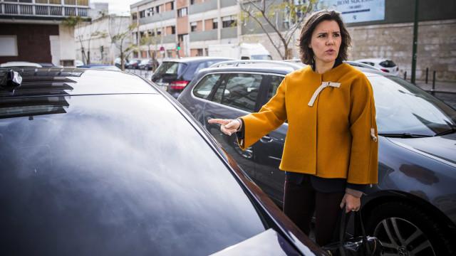 """Assunção Cristas entrega listas do CDS e quer """"o máximo"""" em Lisboa"""