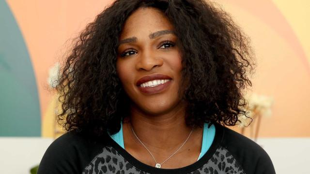 Grávida, Serena Williams posa nua na capa de uma revista