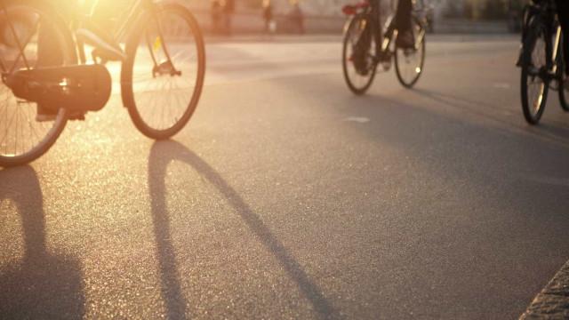 Já pensou em ir para o trabalho de bicicleta? A EMEL convida a fazê-lo