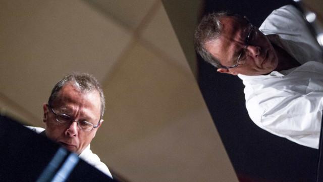 Mário Laginha e Tcheka encerram o ciclo 'Há Música no Trindade!'