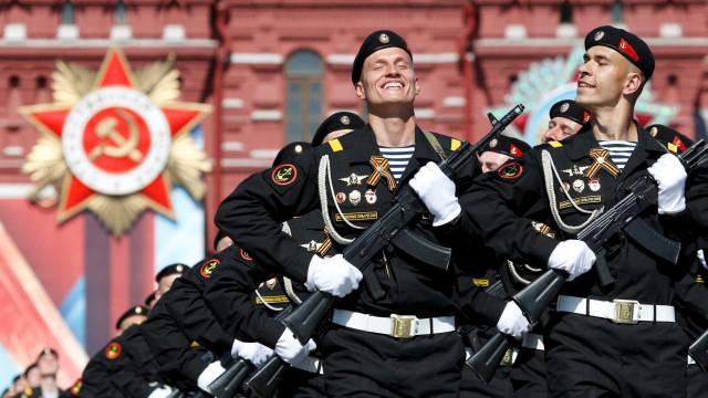 Rússia proíbe soldados de terem smartphones devido às redes sociais