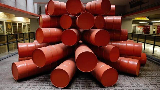 Preço do barril de Brent desce 1,93% para 60,34 dólares