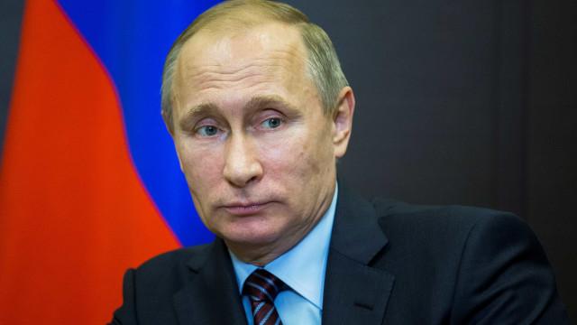 Putin elogia serviços secretos militares russos no seu centenário