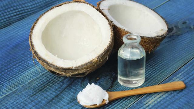 """Óleo de coco é """"tão pouco saudável como banha ou manteiga"""""""