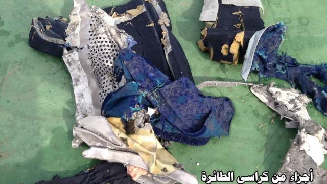 EgyptAir: As primeiras imagens do que restou da tragédia