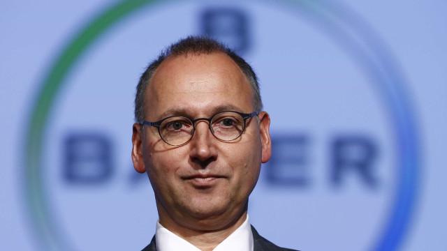Bayer cai mais de 10% após decisão de tribunal nos EUA sobre herbicida