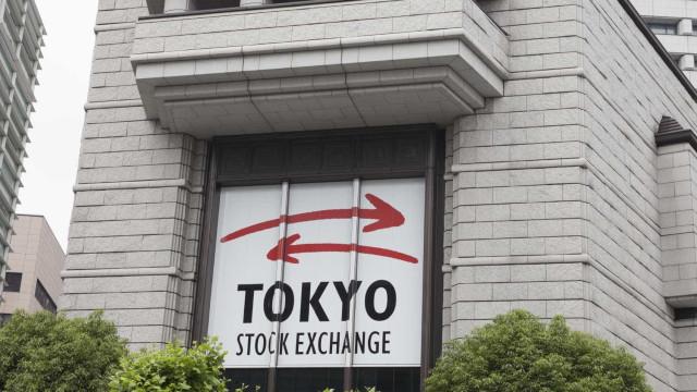 Bolsa de Tóquio perde 1,06% no fecho