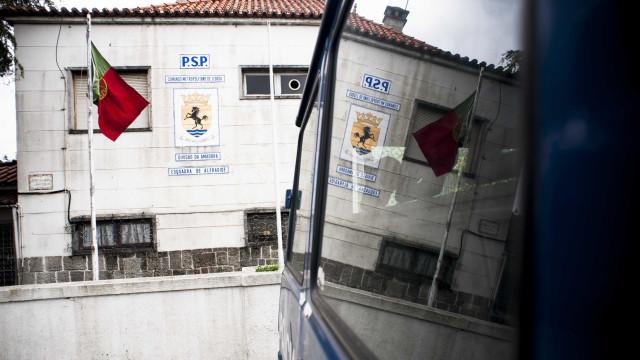 Agente da PSP nega agressões a jovens da Cova da Moura
