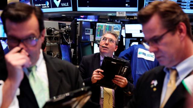 Um dia negro. O que levou ao pânico em Wall Street?