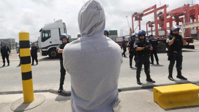 Sindicato: Greve dos estivadores de Setúbal encerrou operações