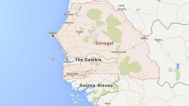 Muro colapsa em estádio no Senegal e faz pelo menos oito mortos