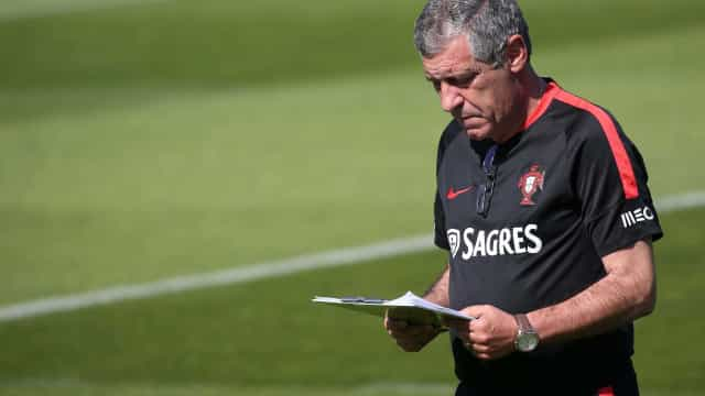 """Fernando Santos e os incidentes na Academia: """"Não vão interferir"""""""