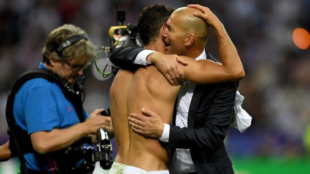 Zidane não duvida da continuidade de Ronaldo no Real Madrid