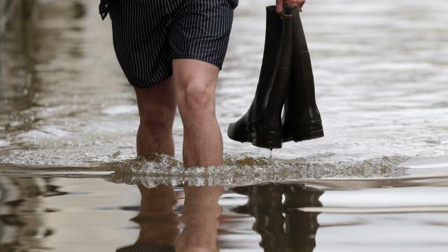 Um desaparecido e 750 campistas resgatados devido a cheias em França
