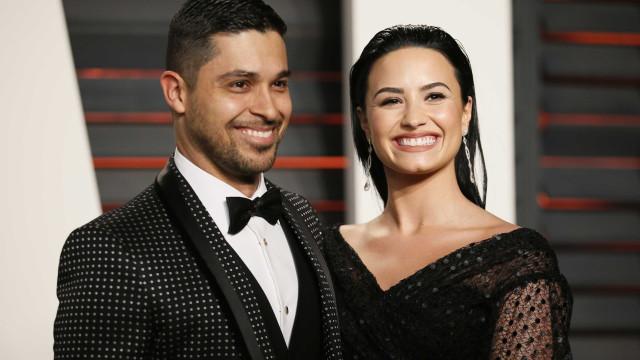 'Ex' de Demi Lovato tem passado horas no hospital ao lado da cantora