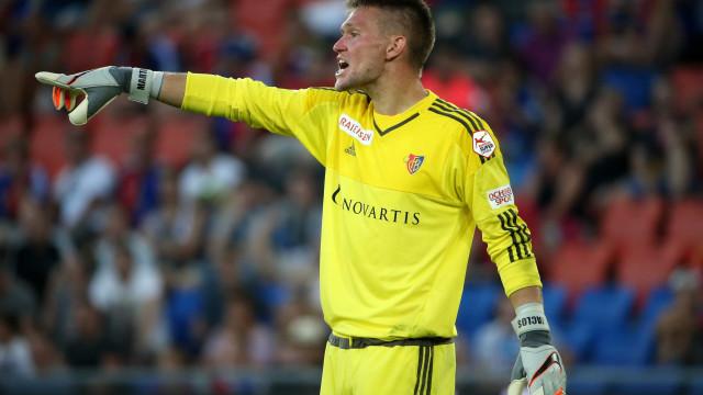Tomás Vaclík pode ser alternativa para a baliza do Benfica