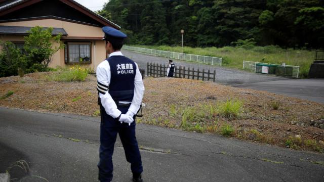 Polícia encontra cabeça de mulher em mala de turista norte-americano