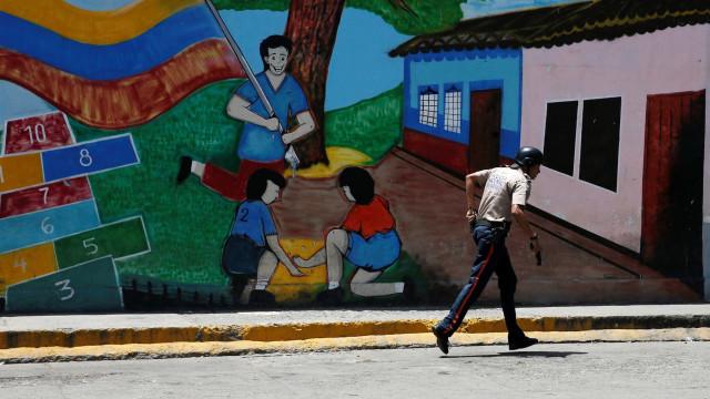 OEA preocupada com presença de aviões militares russos na Venezuela