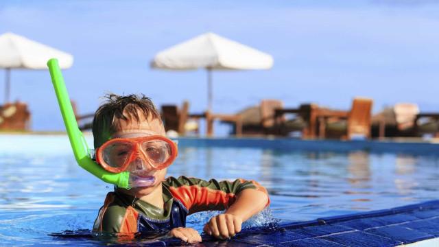 GNR aponta os cuidados que deve ter quando os seus filhos vão ao banho