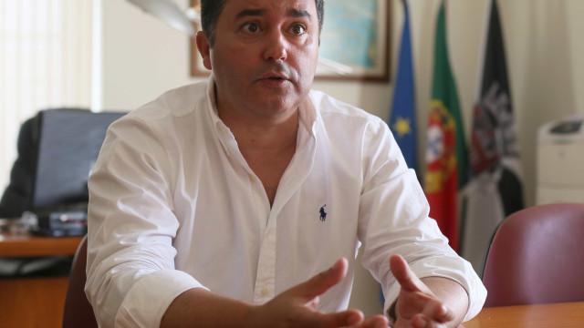 """Comissão distrital diz que alerta britânico """"não é bom"""" para o Algarve"""