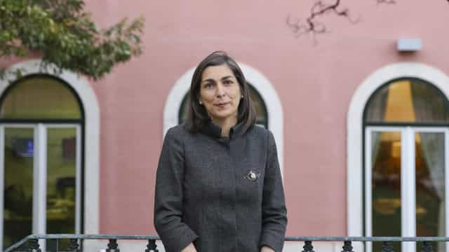 """Ana Catarina Mendes condena modo """"perigoso"""" de PSD ver lei da imigração"""