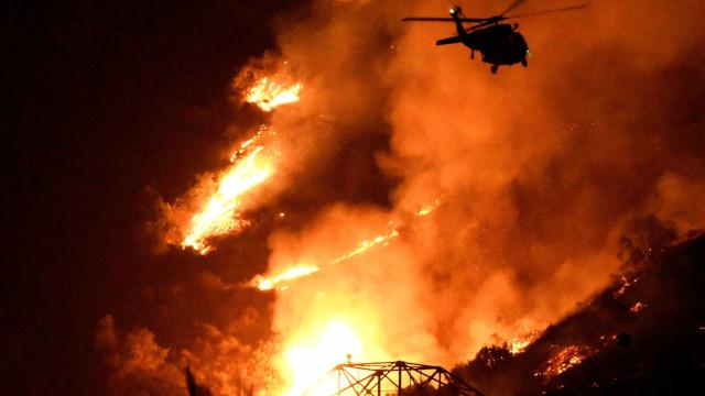 Incêndios: Proteção Civil usou pela primeira vez espuma no combate