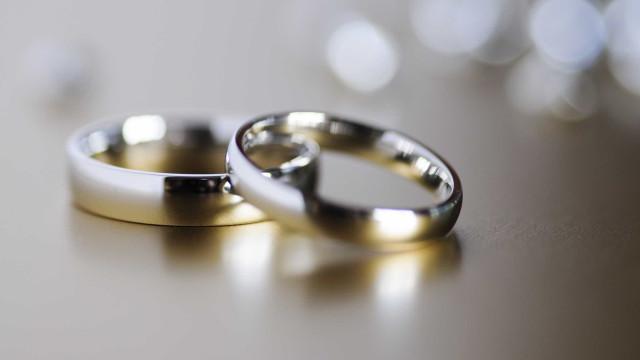 Filho partilha reencontro entre os pais divorciados. História já é viral