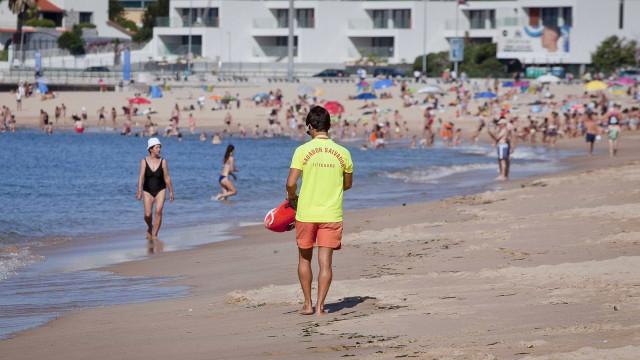 Praia da Nazaré será a primeira do país a ter vigilância todo o ano