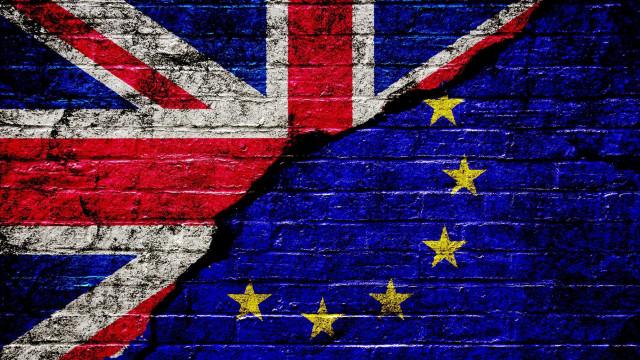 Brexit sem acordo pode custar 57,3 mil milhões por ano ao Reino Unido