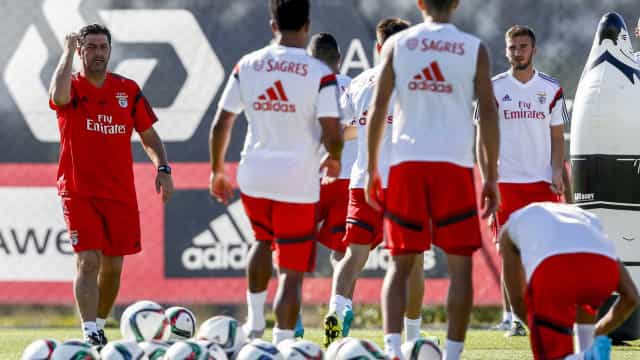 Benfica comemora 11 anos de academia com 11 jogadores da formação