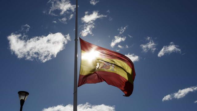 Partidos galegos suspendem campanha eleitoral devido a acidente