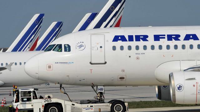 Air France mantém 75% dos voos programados para amanhã