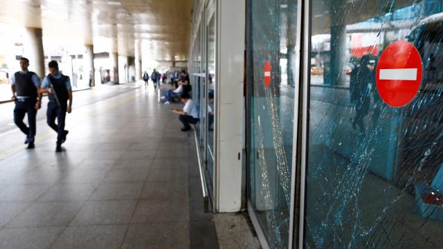 Começam a ser conhecidas as nacionalidades das vítimas do atentado