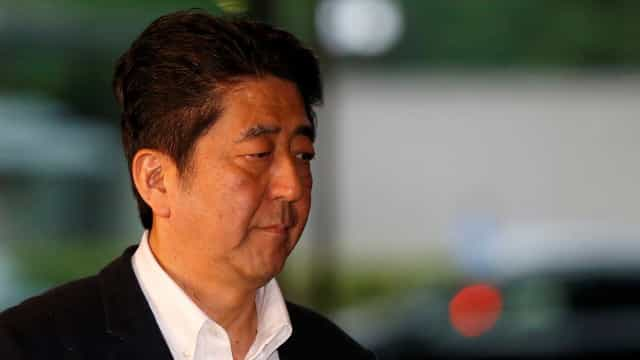 Primeiro-ministro japonês convoca eleições antecipadas
