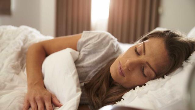 Sete razões para acordar cansado depois de uma noite de sono