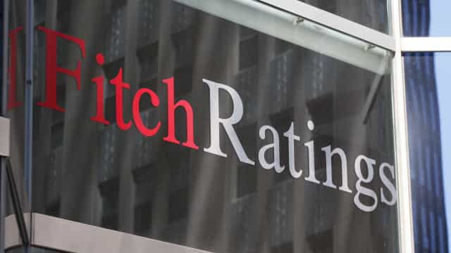 Fitch mantém rating de Espanha em 'A-' com perspetiva estável